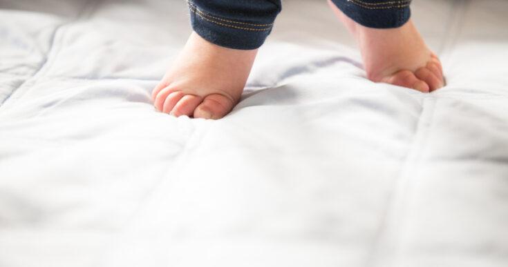 Hodanje na prstima kod beba